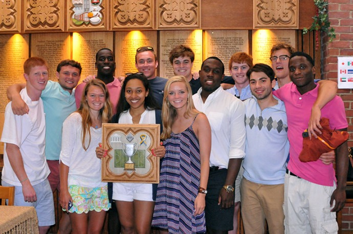 2013_students_with_plaque